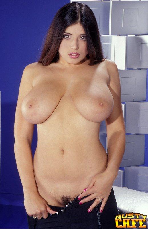 Marie busty kerry