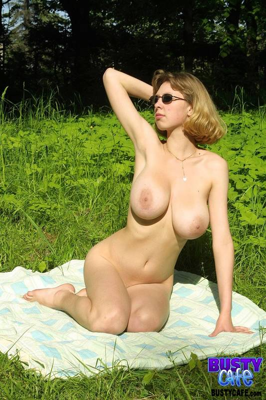 Words... super, Busty amateur milf nude outdoors